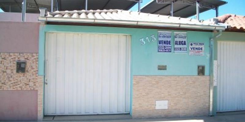 Rua Célio de Oliveira Guimarães, 313 - Recanto da Praia. Formiga, 3 Bedrooms Bedrooms, ,1 BathroomBathrooms,Casa,Aluguel,1077